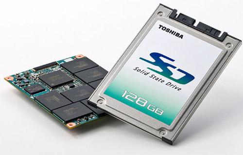 Жесткий диск (винчестер) и SSD-диск в ноутбуке