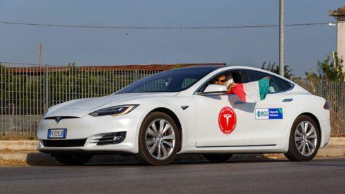 Tesla Models S смог побить рекорд дальности поездки на электромобиле