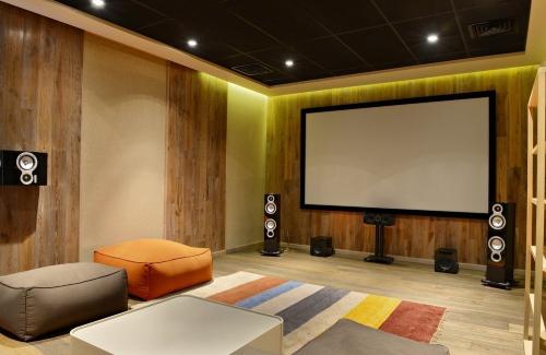 Что делать, если сломался домашний кинотеатр?